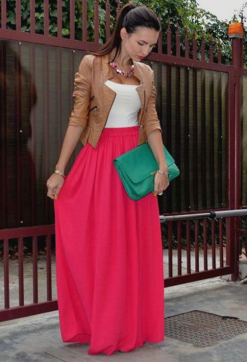 Saia rosa + jaquetinha de couro = Sûûûcéééssôô